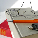 Glases, Pen an Books